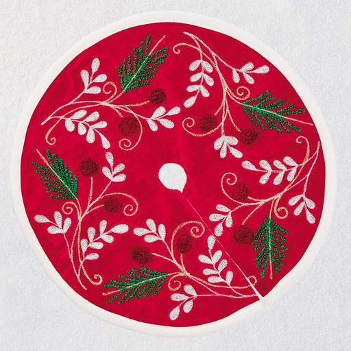 Mini-Red-Beaded-Tree-Skirt_1599QFM6187_01